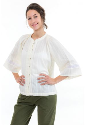 Blouse chemisier dentelle broderies boheme face